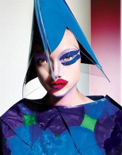 Yumi-Lambert-10-Magazine-Richard-Burbridge-01