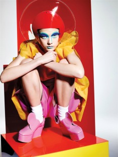 Yumi-Lambert-10-Magazine-Richard-Burbridge-05